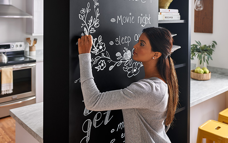 Black chalkboard for mom